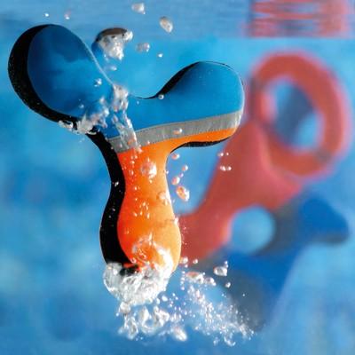 Aqua Wasserspielzeuge aus robustem Neopren von Hunter